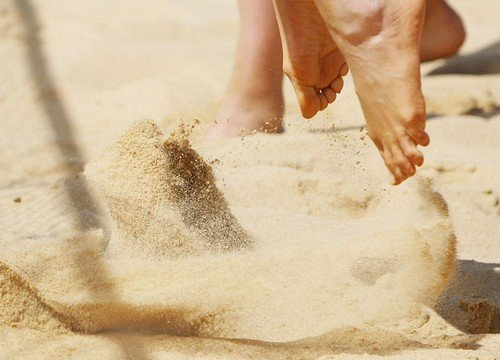 sky-beach-volleyball