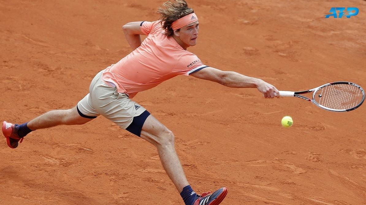 tennis-sky